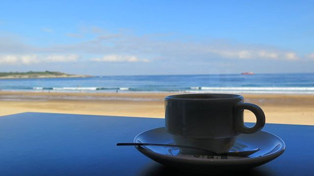 Café a contraluz
