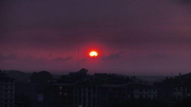 Se despide el sol detrás de la tormenta