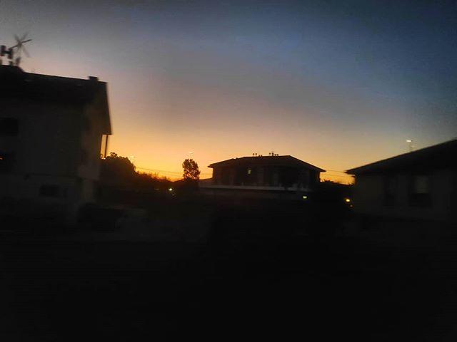 La vida son ciclos que se repiten.#Santander #paseúcos #instagramers #estaes_cantabria#asi_es_cantabria#total_cantabria#addicted_to_cantabria #cantabriagrafias #españaenpaisajes #españagrafias#world_great#instantes_fotograficos#fotopremios#instalike#instagood#me#follow#love#igerspain#ok_spain#cantabria#cantabriainfinita#cantabriayturismo#picoftheday #catchclick_spain  #ig_monumentalworld #canon#canonistas #landscape #amanecer